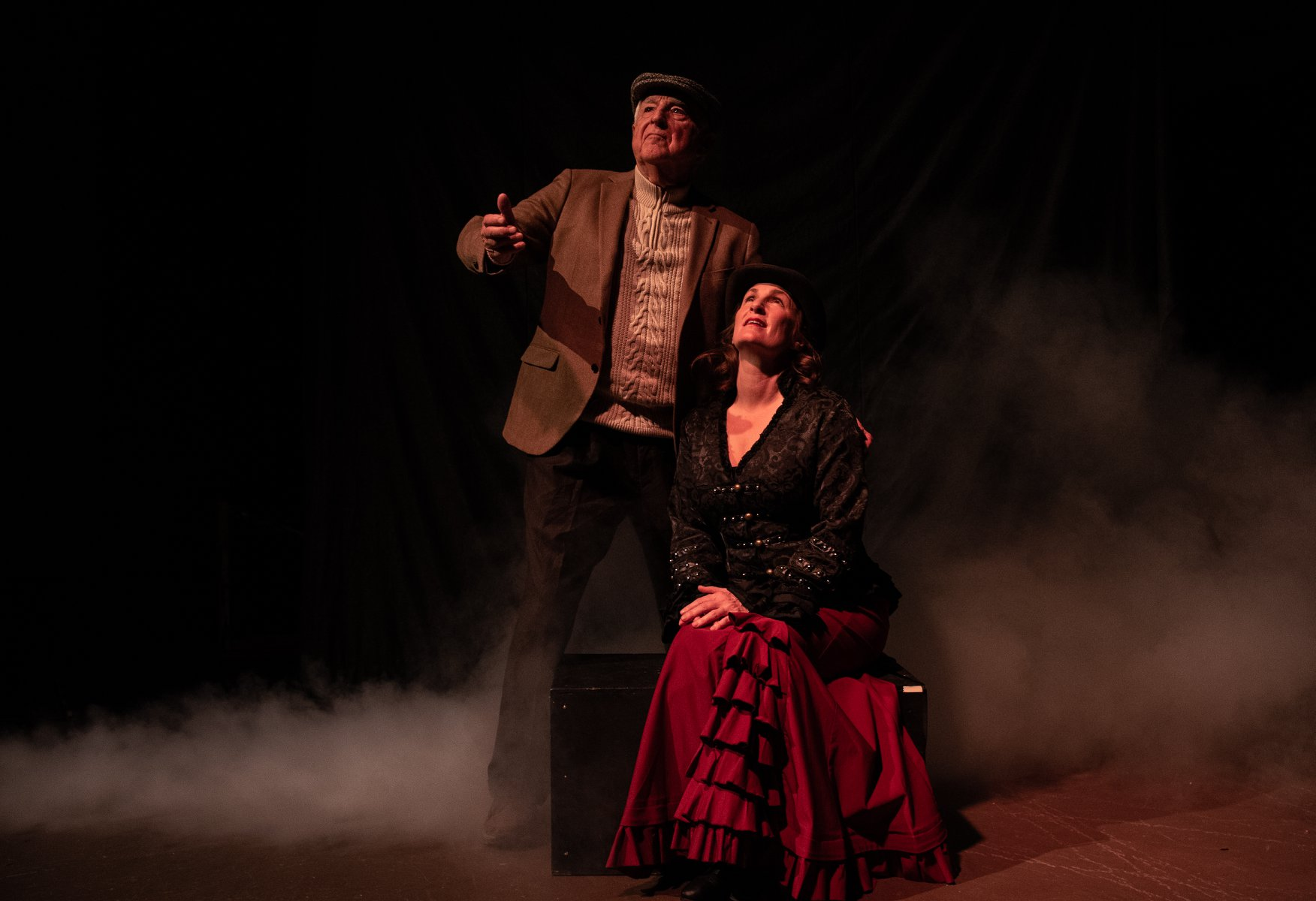 uploads/production_images/the-moors-gaslight-baker-ursula-rogers-2019/moors_gbt_03.jpg