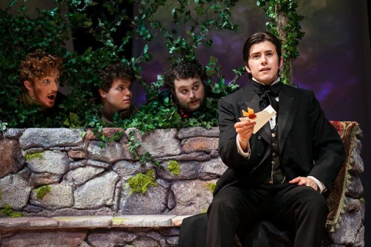 Review: Twelfth Night by University of Texas Theatre & Dance
